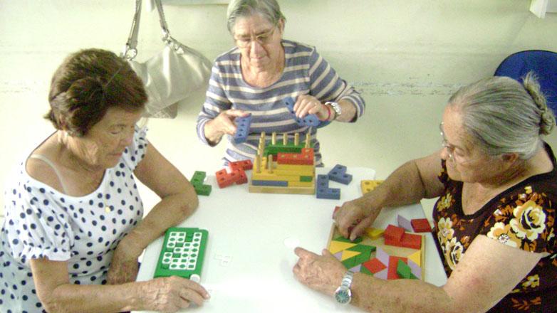 Fabuloso Acimados60: Terapia ocupacional melhora qualidade de vida dos idosos IH95