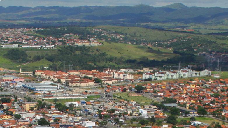 Imagem mostra conjuntos habitacionais na região leste de São José dos Campos