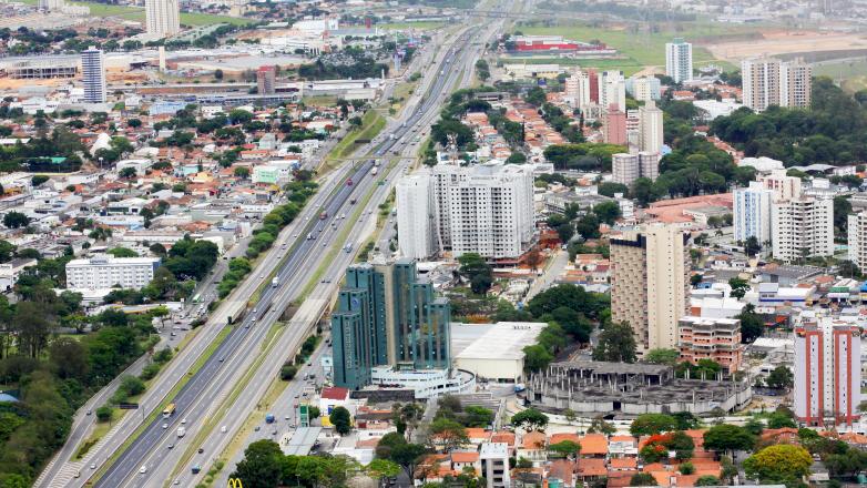 Imagem mostra vista geral da cidade de São José dos Campos