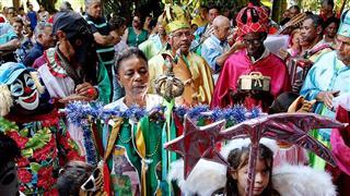 """Imagem mostra cenas da """"Chegada das Bandeiras"""" , que marcou o fim do ciclo de natal"""