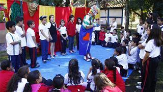 Escolas visitam Museu do Folclore