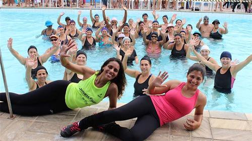 A competição interna de natação do núcleo do Jardim da Granja reuniu no sábado (25) mais de 300 alunos de todos os níveis.
