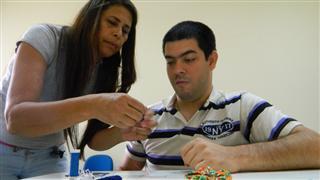 A unidade é um serviço de convivência e fortalecimento de vínculos voltado às pessoas com deficiência e suas famílias