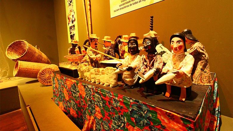 Exposição dentro do Museu do Folclore