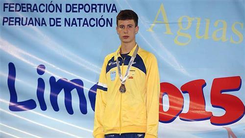 João Pedro Rosa, nadador do Atleta Cidadão no Campeonato Sul-Americano Juvenil