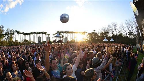 No show, os Titãs, apresentaram músicas do novo disco Nheengatu, marco no rock brasileiro e antigos sucesso da banda paulistana