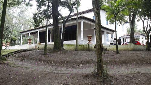 Após a  ordem de serviço e da apresentação do projeto, prefeito e moradores visitaram a  antiga Fazenda Boa Vista,  onde ficará o Parque.