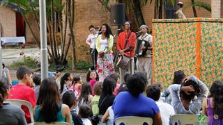 Valdeck de Garanhuns e o seu teatro de Mamulengos no Parque da Cidade
