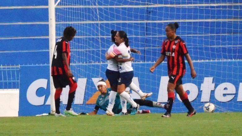 O São José demonstrou uma postura agressiva desde o início e encontrou o gol.O Vitória pouco apresentou de bom futebol