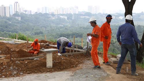Novo Centro expande obras