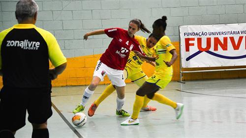 Futsal feminino de São José vence o Pinhal por 4 a 0