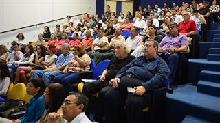 Técnicos de diversas áreas da Prefeitura, associações de bairros,  Poder Legislativo e membros do Conselho Gestor participaram do evento
