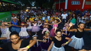 Desfile do Pirô Piraquara