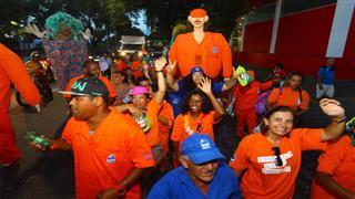 Desfile do bloco Pirô Piraquara