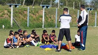 Seletiva de futebol masculino realizada no Poliesportivo Altos de Santana