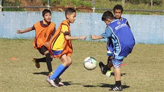Seletiva de futebol realizada no Poliesportivo Altos de Santana