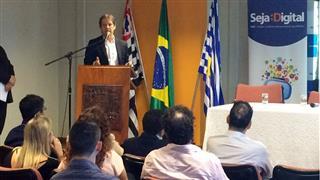 Com a assinatura do Termo de Cooperação, a Prefeitura de São José se compromete a apoiar o processo de digitalização
