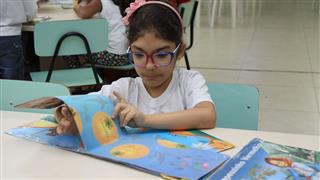 Dos 750 alunos matriculados no ensino fundamental, 25 são portadores de deficiência auditiva e participam do projeto