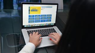 As inscrições devem ser feitas por meio do site do programa Qualifica www.sjc.sp.gov.br/qualifica