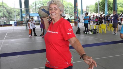 A abertura da gincana aconteceu na última segunda-feira (20), no Centro da Juventude, quando participaram cerca de 500 idosos