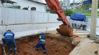 O projeto completo de drenagem prevê ainda a construção de 2.563 metros de extensão de novas galerias de águas pluviais em 9 ruas