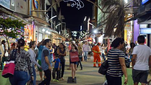 Todas as noites, as pessoas que passarem pelo centro da cidade poderão prestigiar a programação de Natal
