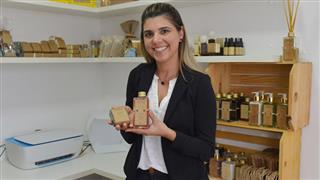 Fernanda Cansian está trazendo sua microempresa de cosméticos de Jaraguá do Sul (SC) para São José