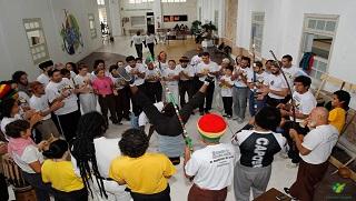 Participantes se reúnem em roda de capoeira durante encontro realizado ano passado